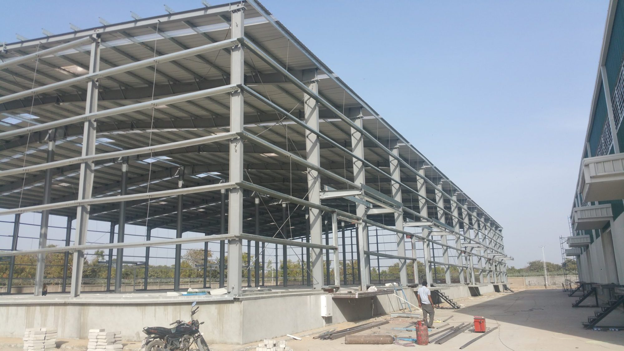 Industrial Peb Factory Sheds Peb Structure In Ahmedabad